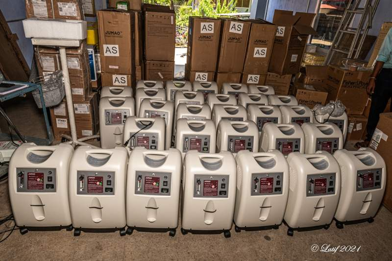 A batch of 50 oxygen concentrators arrive at CMC on